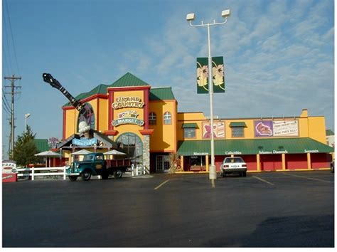 theme hotel branson mo grand country inn the perfect place to stay in branson