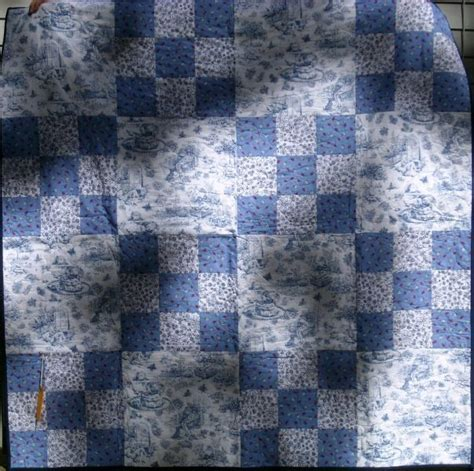 Blue Toile Quilt blue and white toile quilt quilting