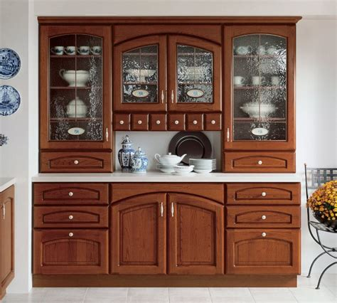 Dressing Up Kitchen Cabinets imperor xxii royal kuchnie klasyczne magnatkitchens ltd