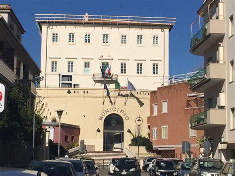 ufficio tributi anzio comune di anzio dopo il crollo la sede di piazza battisti