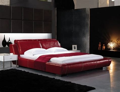 gul oymali sik yatak odasi hali modeli deri yatak odası modeli