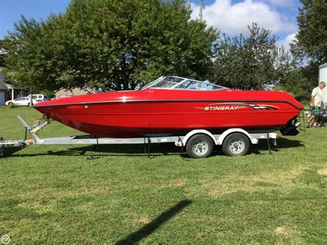 florida boating test review stingray 250lr go boating test boats