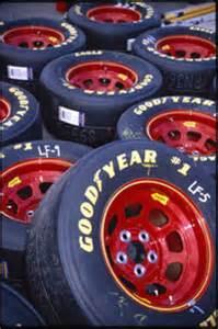 Race Car Tires Air The Tires How Nascar Race Cars Work Howstuffworks