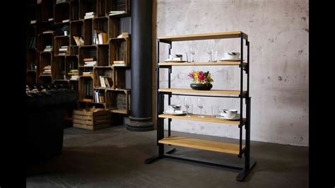 swing   table  quickly turns   shelf