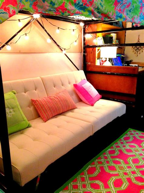 futon bedroom ideas awesome futon set up underneath bunked dorm bed dorm