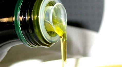 olio di avocado per cucinare oli vegetali quali sono una carrellata sugli oli vegetali