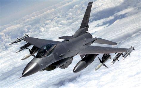 Setrika Filiph meet the iraqi flying a u s plane in the battle against