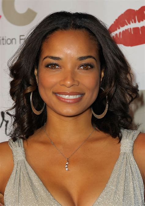 40 actress dark was hair rochelle aytes r 233 lation fortune taille tatouage