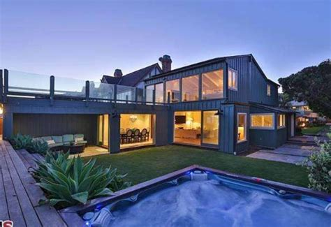 home pics dicaprio s malibu home back on the market for 18 9