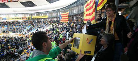 Tas Inter 413 los independentistas preparan un gobierno provisional por