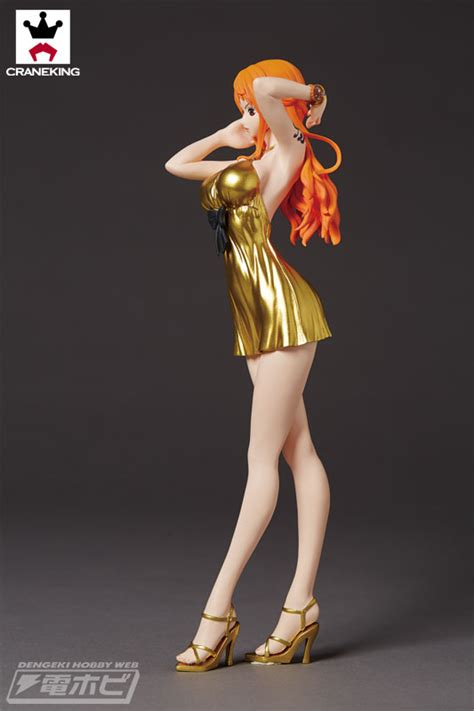 Glitter And Glamourous Gold Nami Style Normal And Gold Se 劇場作品 one gold コスチュームで 偉大なる航路 グランドライン に殴り込み