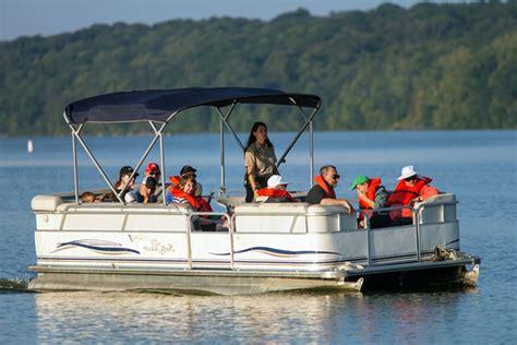deck boat or pontoon deck boat vs pontoon boat