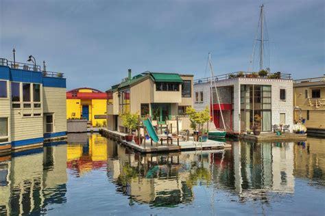 seattle boat houses open house floating home houseboat lake union living