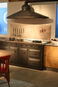 hottes de cuisine design une s 233 lection du salon eurocucina