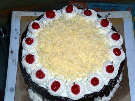 cara membuat kue ulang tahun yang mudah dan enak resep kue ulang tahun aneka resep kue basah selerasa com