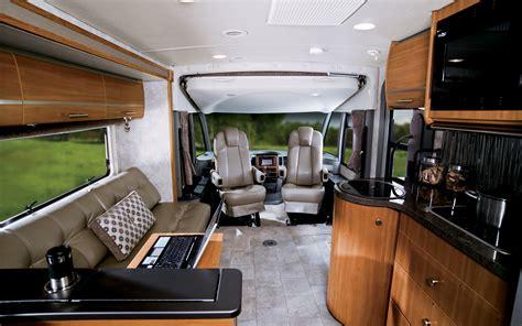 Winnebago Interior by Winnebago Via 25q Drive Truck Trend