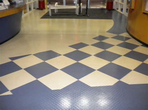rubber flooring rubber flooring dubai woodenflooring ae