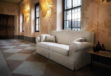 divani classici in offerta divano classico provenza divani classici personalizzati