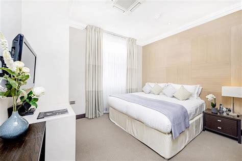 3 bedroom apartments queens 130 queen s gate apartments south kensington