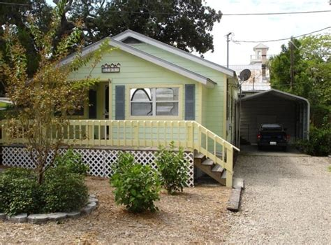 sunflower cottage pet friendly cottage with vrbo
