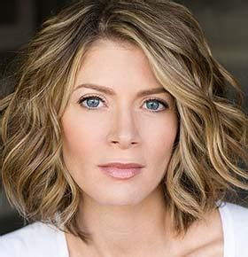 commercial actress for hire hire gillian vigman celebrity speakers bureau booking