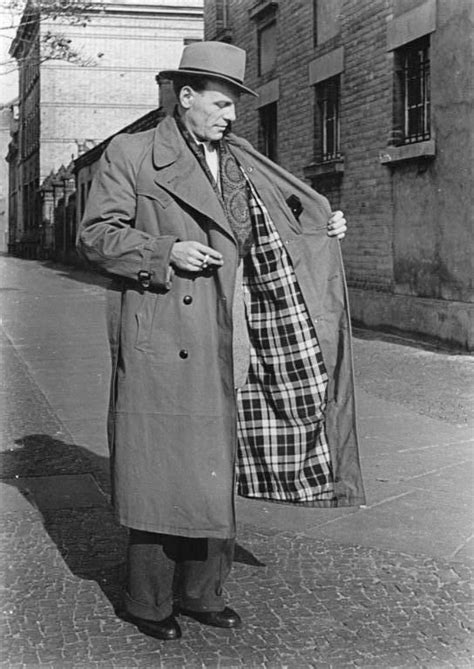 In Burberrys Defence by A History Of The Trench Coat Design Roots Inventors