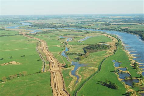 what are floodplans floodplains and levees on emaze