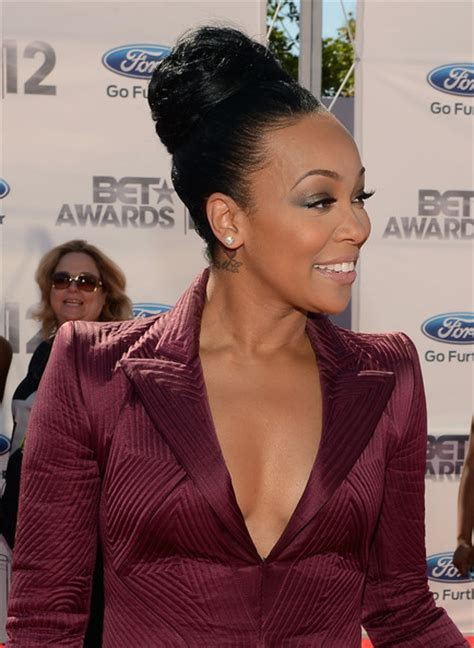 monica singer hairstyles 2012 monica pictures 2012 bet awards red carpet zimbio