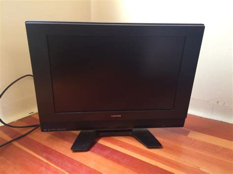 Tv Toshiba Model 32p2400 toshiba 19 quot tv dvd combo for sale model 19hlv87 city