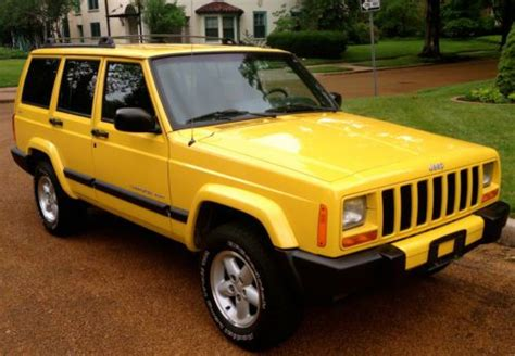 jeep cherokee yellow find used 2001 jeep cherokee sport 4x4 quot rare solar yellow