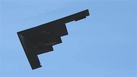 b2 stealth bomber flyover the rose bowl 2016 youtube