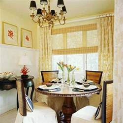 How To Decorate Your Dining Room Table by Top 25 Images Photos Of How To Decorate A Round Glass
