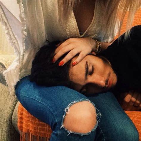 imagenes romanticas de parejas durmiendo 15 poses para que logres la foto m 225 s rom 225 ntica con tu novio