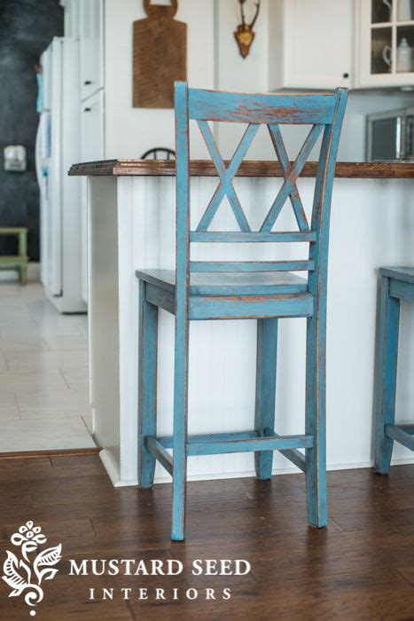 How To Paint Bar Stools by 25 Best Ideas About Painted Bar Stools On