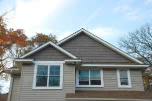 Cedar Shake Siding Vinyl Re Siding Your Home Here S The Latest In Siding Trends