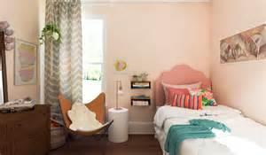 8 Sizzling Summer Interior Design Trends Decorilla Help Decorating Bedroom