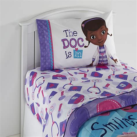 doc mcstuffin bedroom disney doc mcstuffins girl s twin sheet set
