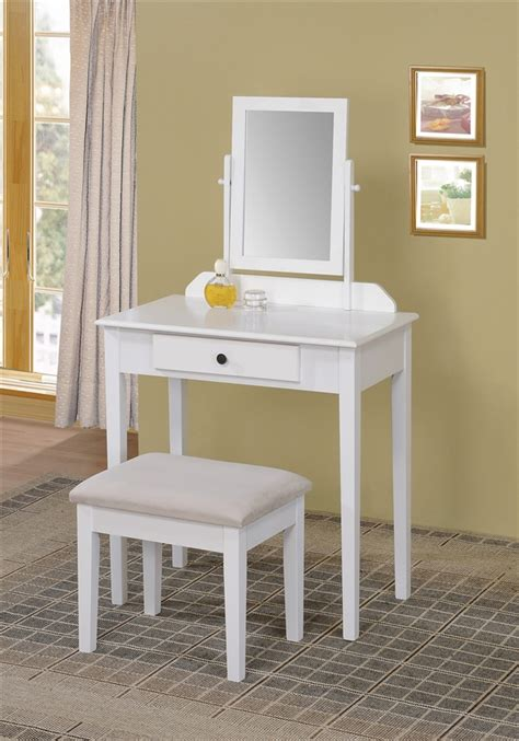 Vanity ideas for small bedroom furniture ideas for small rooms greenvirals style