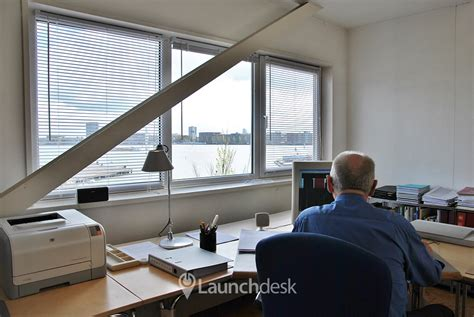 Rent A Desk In An Office Workspaces At Zamenhofstraat Amsterdam Noord Launchdesk