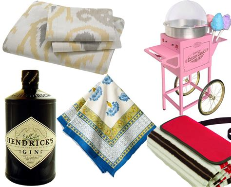 Wedding Anniversary Outing Ideas by Wedding Anniversary Gift List Traditional And Modern