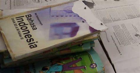Buku Cermat Cerdas Tematik Buku Evaluasi Soal Tematik Sdmi Kelas Iv Gj 1 un tak cocok jadi alat evaluasi kurikulum 2013 sekolah daring