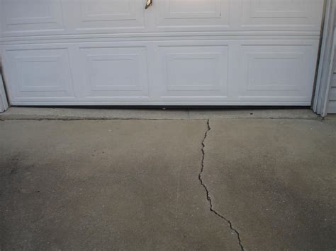 Cracked Garage Floor by Cracked Slab Disclosure Settlement Price Inspection