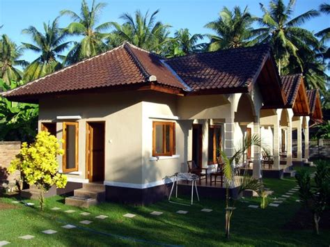 yuli s homestay prices guest house reviews kuta