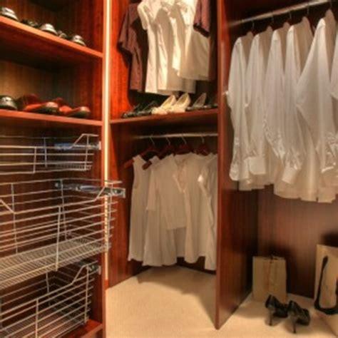 Arranging Clothes In Wardrobe by Inspiring Ideas To Arrange Your Wardrobe Interior Design