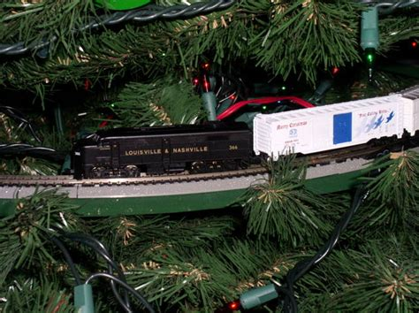 holiday season model railroader magazine model