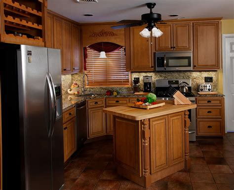 Kitchen Cabinet Cleaning How To Clean Greasy Kitchen Cabinets