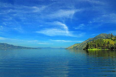 Morning Danau Toba picture danau toba lake toba indonesia