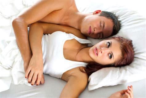 uomini e donne a letto 10 cose a letto le donne odiano degli uomini style 24