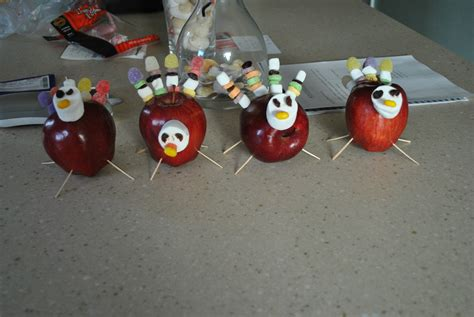 home made thanksgiving decorations thanksgiving traditions huffpost