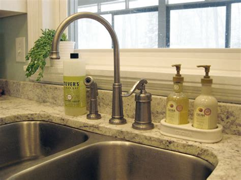 how to replace a kitchen faucet house